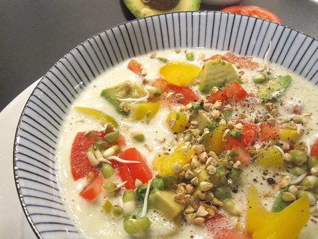 Zucchini-Suppe (roh)