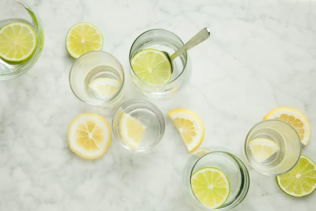 Zitronen-Limonade ohne Zucker