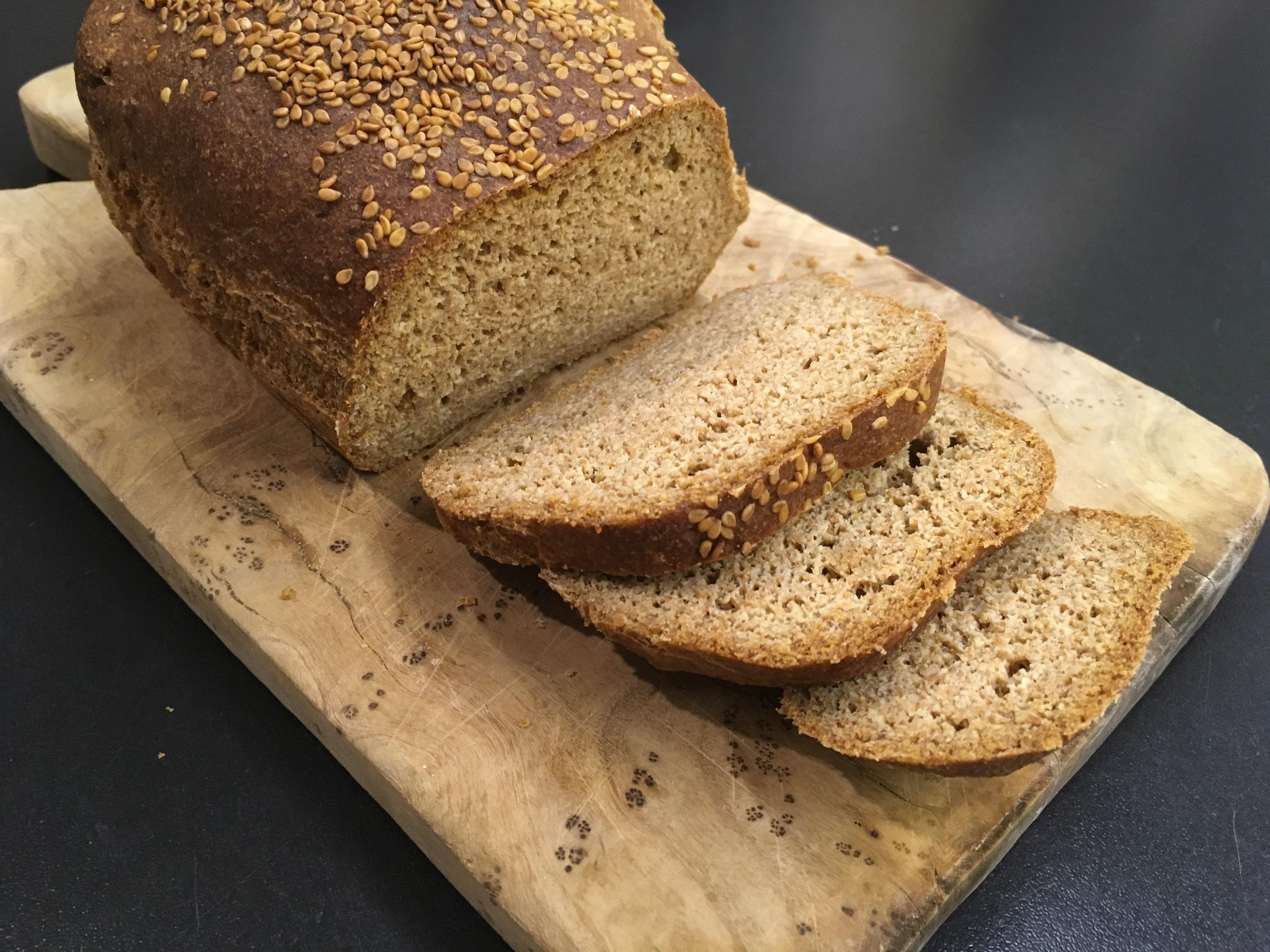 Brot ohne Mehl mit nur einer Zutat ⋆ Endlich zuckerfrei!
